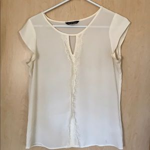 Express off-white blouse with lace detailing
